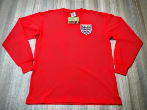 England shirt front